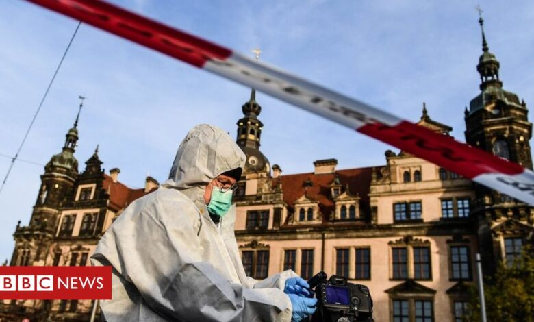 Dresden Green Vault: Three arrested over German diamond heist