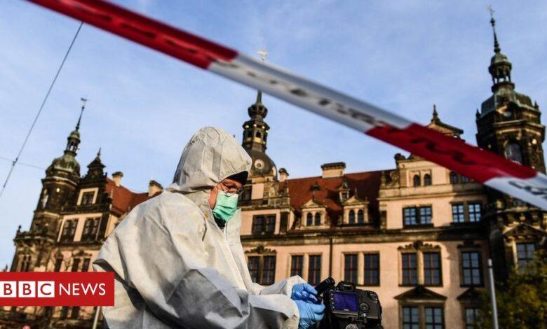 Dresden Green Vault: Three arrested over German diamond heist