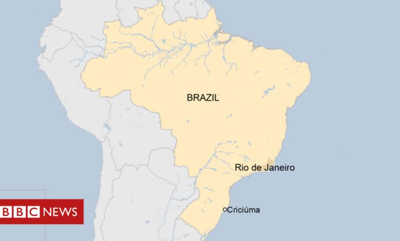 Brazil siege: Armed men 'raid banks' in Criciúma
