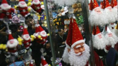 Photo of China turns off the lights in 'Christmas town' as officials race to meet energy targets