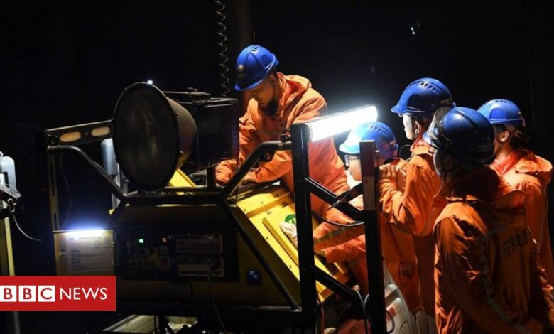 Chinese coal miners killed by carbon monoxide poisoning