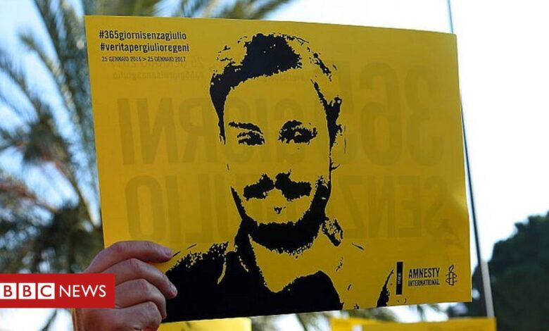 Giulio Regeni: Egypt 'suspends' investigation into Cambridge student's murder