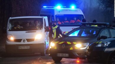 Photo of More than 2,000 attend illegal New Year's party in France, despite coronavirus restrictions