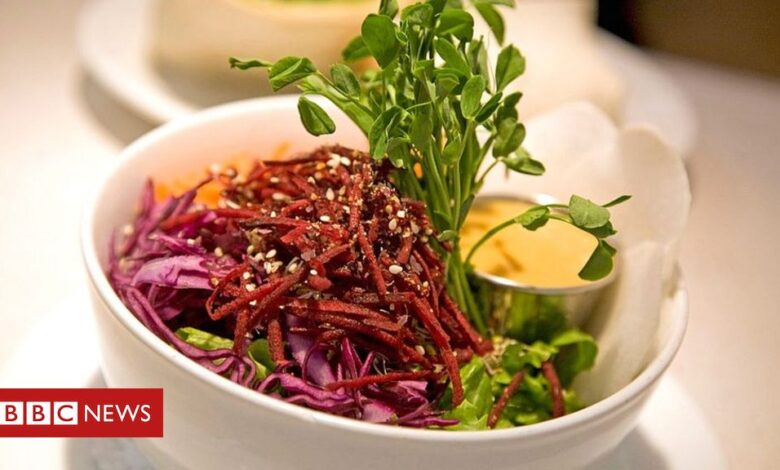ONA: Vegan restaurant becomes first in France to get Michelin star