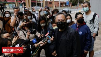 Photo of Hong Kong charges 47 activists in largest use yet of new security law